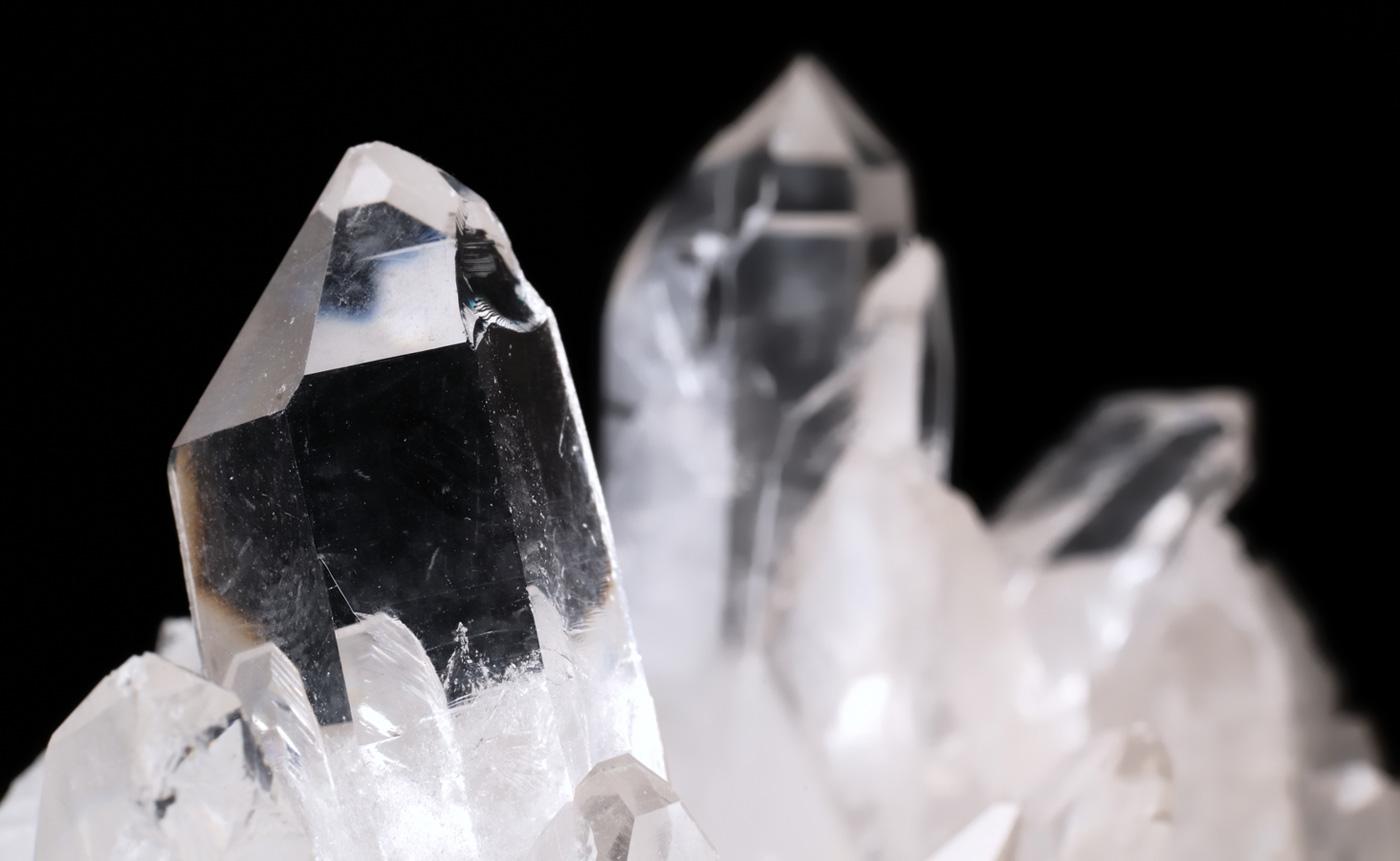 Les vertus du cristal de roche pour le corps et l'esprit