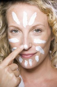 Faut-il être un expert pour faire un automassage facial