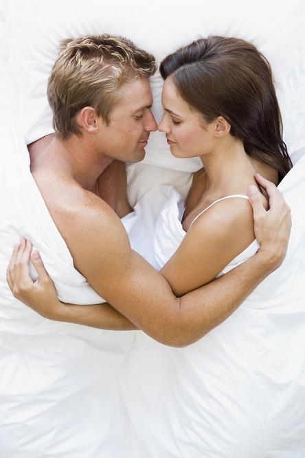 Voici la meilleure initiation au massage… Pour redonner un peu de piquant à votre couple !