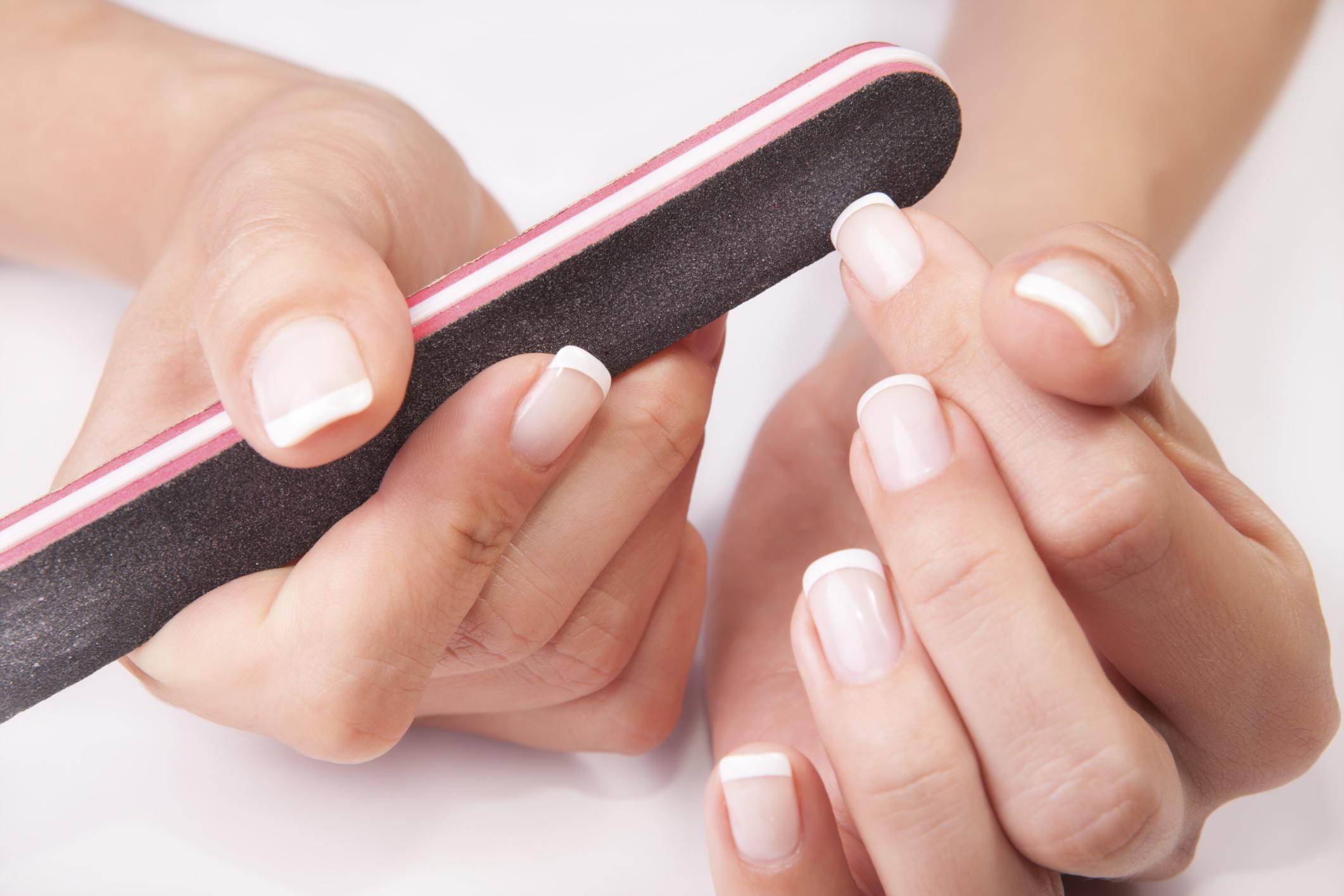 Astuces pour bien se limer les ongles